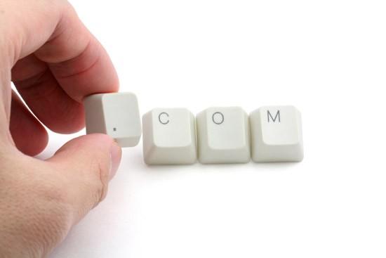 如何选择域名和空间